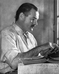 Ernest Hemingway pic-min